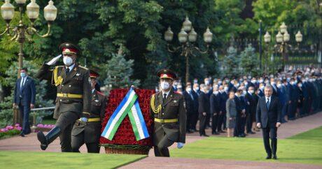 Özbekistan`ın kurucu Cumhurbaşkanı İslam Kerimov ölümünün 4. yıl dönümünde anılıyor